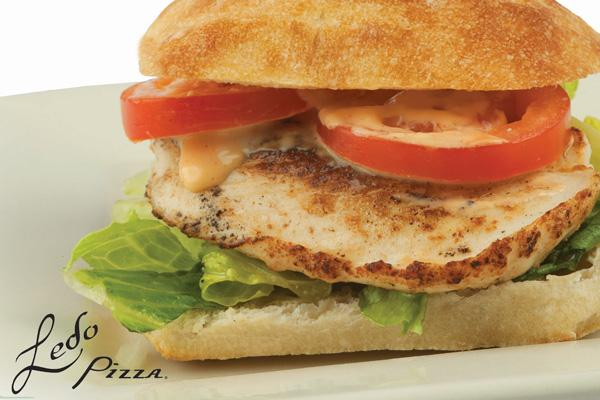photo of grilled chicken chipotle sandwich